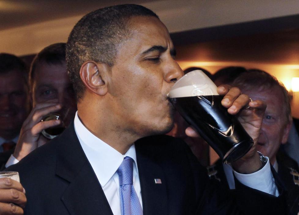 President Barack Obama drinks Guinness beer