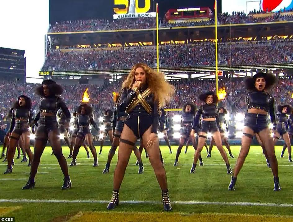 Beyonce performing at Superbowl 50 halftime show