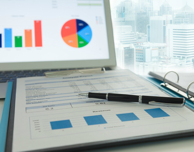 define target audience through market analysis